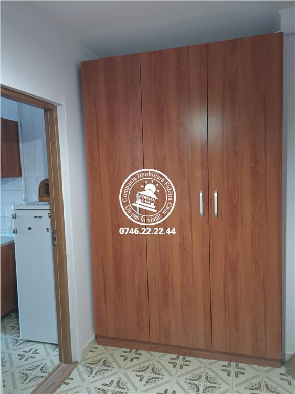 Apartament 1 camera  de vanzare  Pacurari,