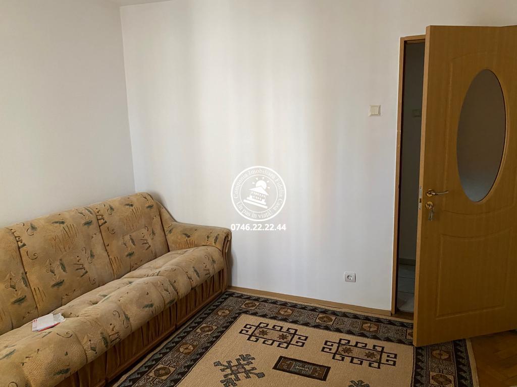 Apartament 2 camere  de inchiriat  Pacurari,