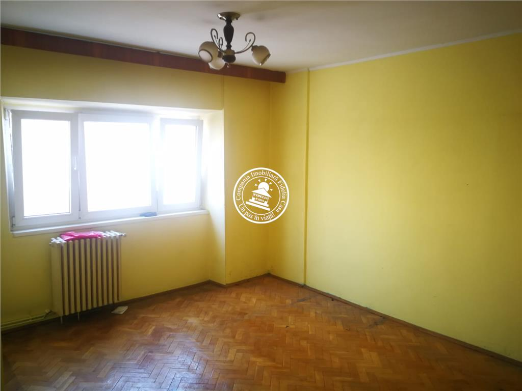 Apartament 2 camere  de vanzare  Gara