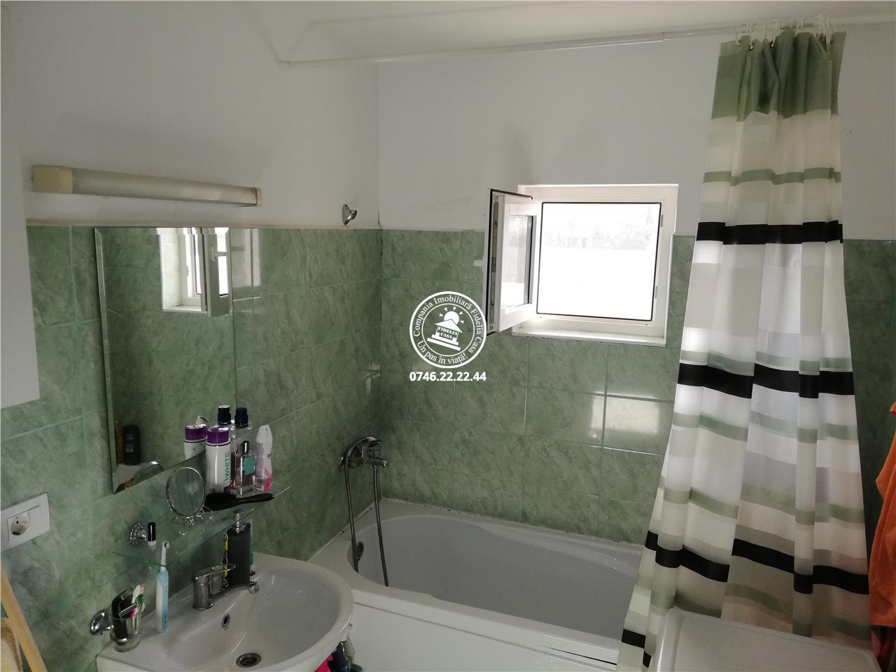 Apartament 2 camere  de vanzare  Nicolina,