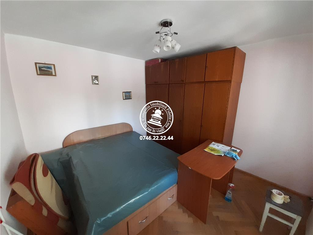 Apartament 2 camere  de vanzare  Podu Ros,