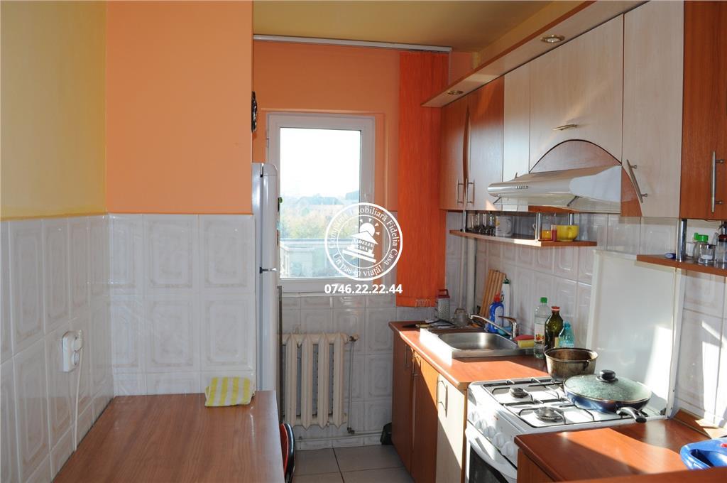 Apartament 3 camere  de inchiriat  Bularga Baza III,