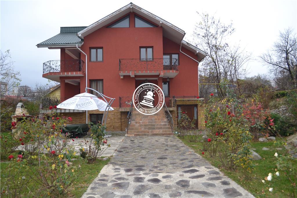 Vila  de inchiriat  Tatarasi,
