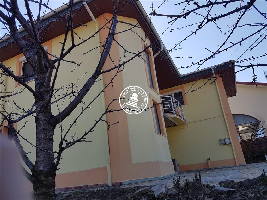 Vila  de inchiriat  Visani,