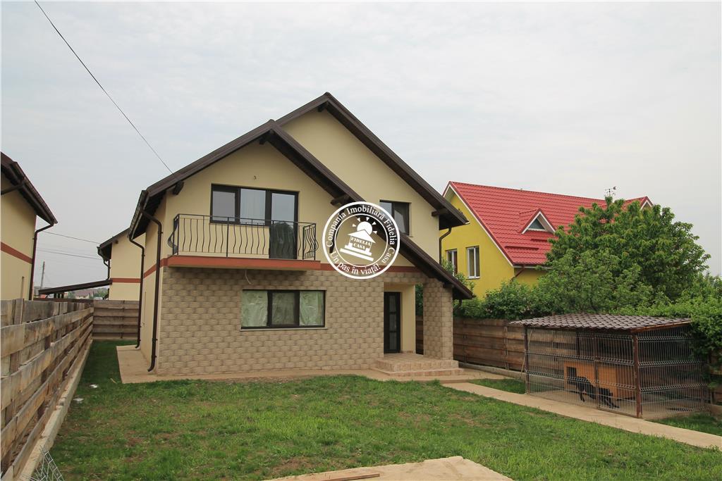 Vila  de vanzare  Lunca Cetatuii,