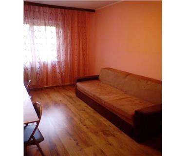 Apartament 3 camere  de inchiriat  Dacia,