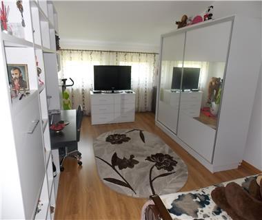 Apartament 1 camera  de vanzare  Bucium,