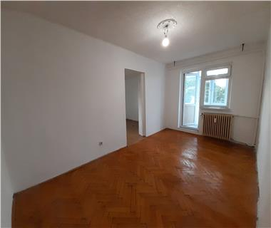 Apartament 1 camera  de vanzare  Cantemir,