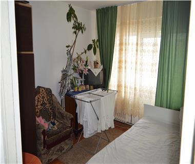 Apartament 1 camera  de vanzare  Mircea cel Batran,