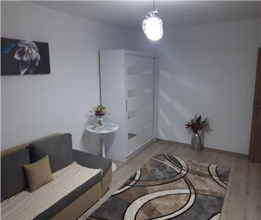 Apartament 1 camera  de vanzare  Tg Cucu - Podul de Fier,