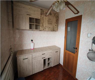 apartament 2 camere  de inchiriat  piata unirii Iasi