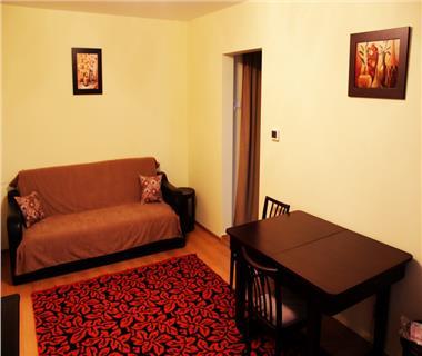 Apartament 2 camere  de inchiriat  Podu Ros Cantemir,
