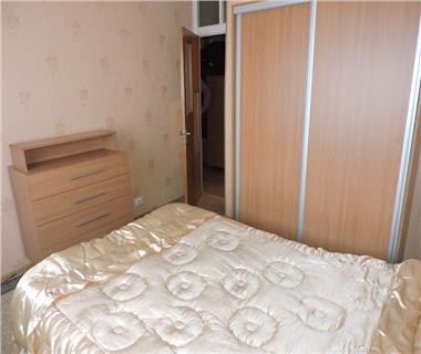 Apartament 2 camere  de inchiriat  Tg Cucu  Podul de Fier