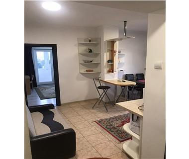 Apartament 3 camere  de inchiriat  Tg Cucu - Podul de Fier,