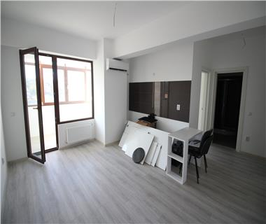 Apartament 2 camere  de vanzare  Nicolina - C.U.G.,