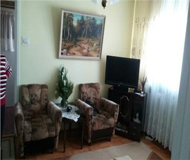 Apartament 2 camere  de vanzare  Podu Ros Cantemir,