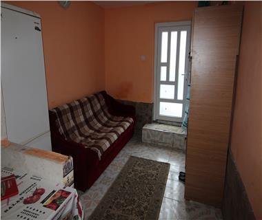 Apartament 1 camera  de vanzare  Tomesti,