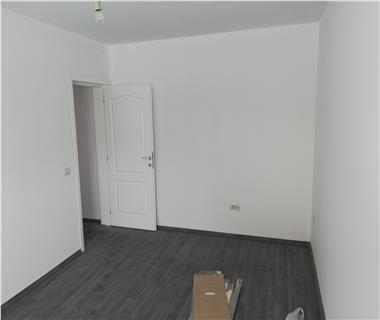 Apartament 2 camere  de vanzare  Valea Adanca,