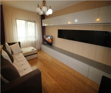 Apartament 3 camere  de inchiriat  Alexandru cel Bun