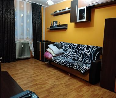 apartament 3 camere  de inchiriat  alexandru cel bun Iasi