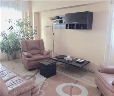 Apartament 3 camere  de inchiriat  Nicolina - C.U.G.,