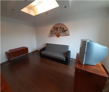Apartament 3 camere  de inchiriat  Canta