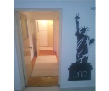 Apartament 3 camere  de inchiriat  Cantemir