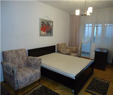 apartament 3 camere  de inchiriat  copou Iasi