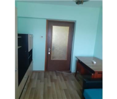 Apartament 3 camere  de inchiriat  Gara,