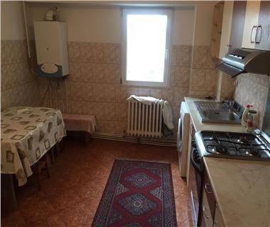 Apartament 3 camere  de inchiriat  Pacurari,