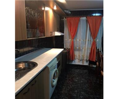 Apartament 3 camere  de inchiriat  Podu Ros Cantemir,