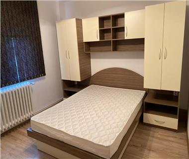 Apartament 3 camere  de inchiriat  Podu de Piatra