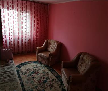 apartament 3 camere  de inchiriat  tigarete Iasi