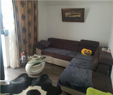 Apartament 3 camere  de vanzare  Bucium - Hlincea,