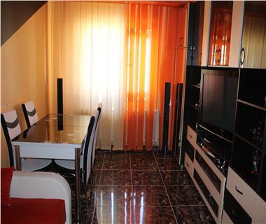 Apartament 3 camere  de vanzare  Bularga Baza III,