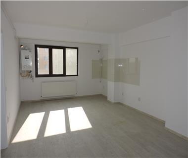 Apartament 3 camere  de vanzare  Centru - Sfantul Lazar,