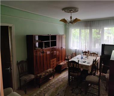 Apartament 3 camere  de vanzare  Copou,