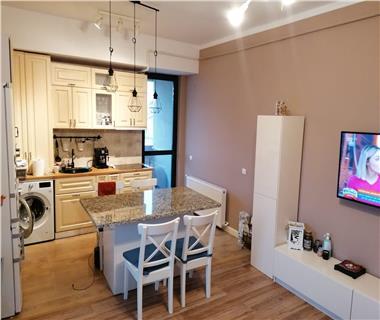 Apartament 3 camere  de vanzare  Galata,