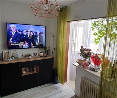 Apartament 3 camere  de vanzare  Mircea cel Batran,