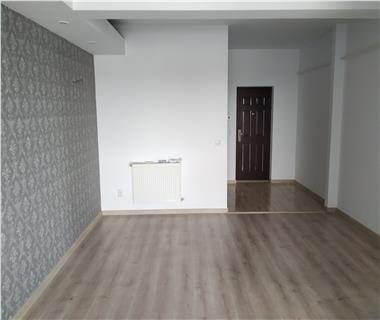 Apartament Nou la revanzare 3 camere  de vanzare  Nicolina,
