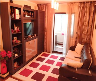 Apartament 3 camere  de vanzare  Nicolina,