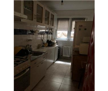 Apartament 3 camere  de vanzare  Piata Unirii,