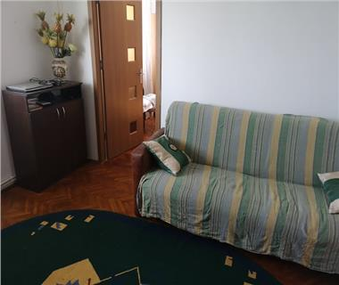 Apartament 3 camere  de vanzare  Podu Ros