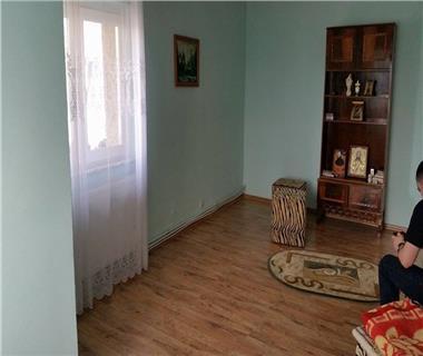 Apartament 3 camere  de vanzare Bacau Energiei,