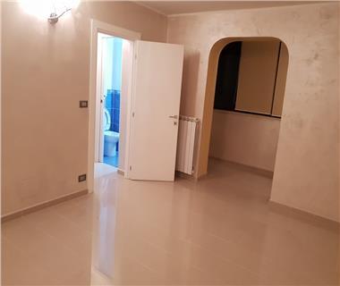 Apartament 3 camere  de vanzare Iasi Tomesti,