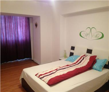 Apartament 4 camere  de inchiriat  Alexandru cel Bun,