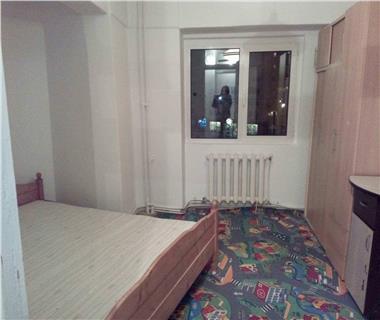 Apartament 4 camere  de inchiriat  Nicolina