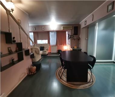Apartament 4 camere  de inchiriat  Pacurari,