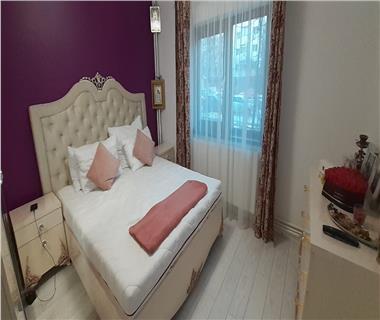 Apartament 4 camere  de vanzare  Canta,