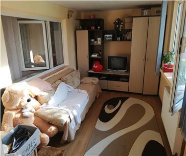 Apartament 4 camere  de vanzare  Frumoasa,